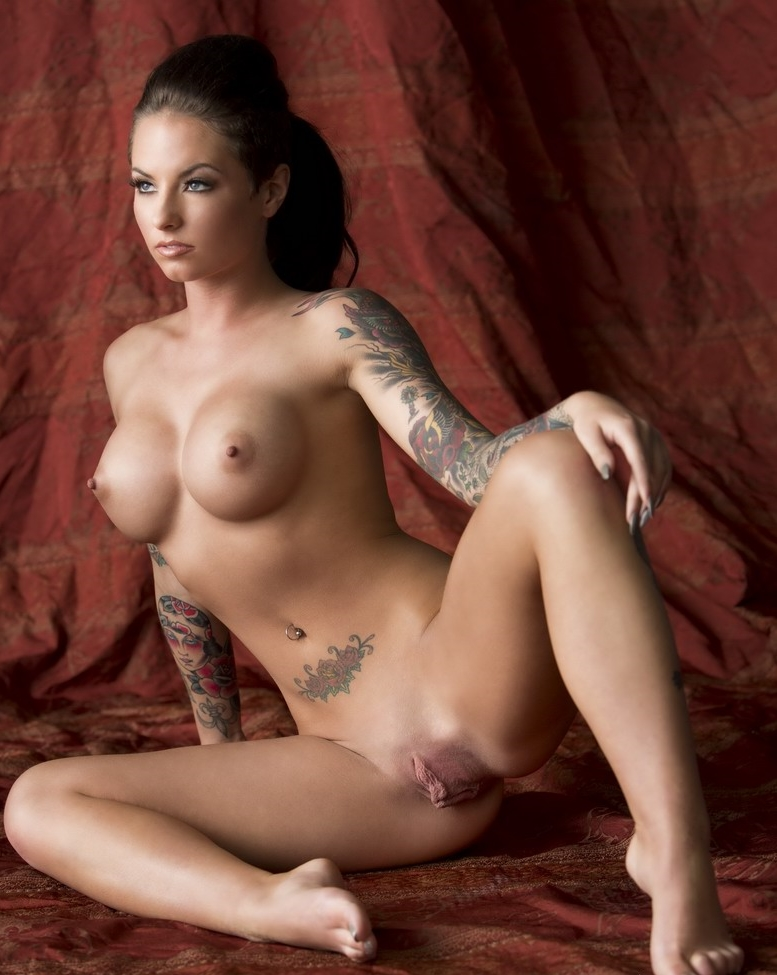 Christy Mack Desnuda